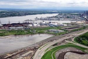Deux campagnes d'échantillonnage menées par la minière canadienne Falconbridge, réalisées en février et en septembre 2000 dans le port de Québec, avaient révélé des concentrations de nickel très fortes sur le pont de navires de la compagnie.
