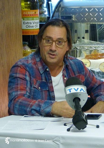 Point de presse. Daniel Vézina.
