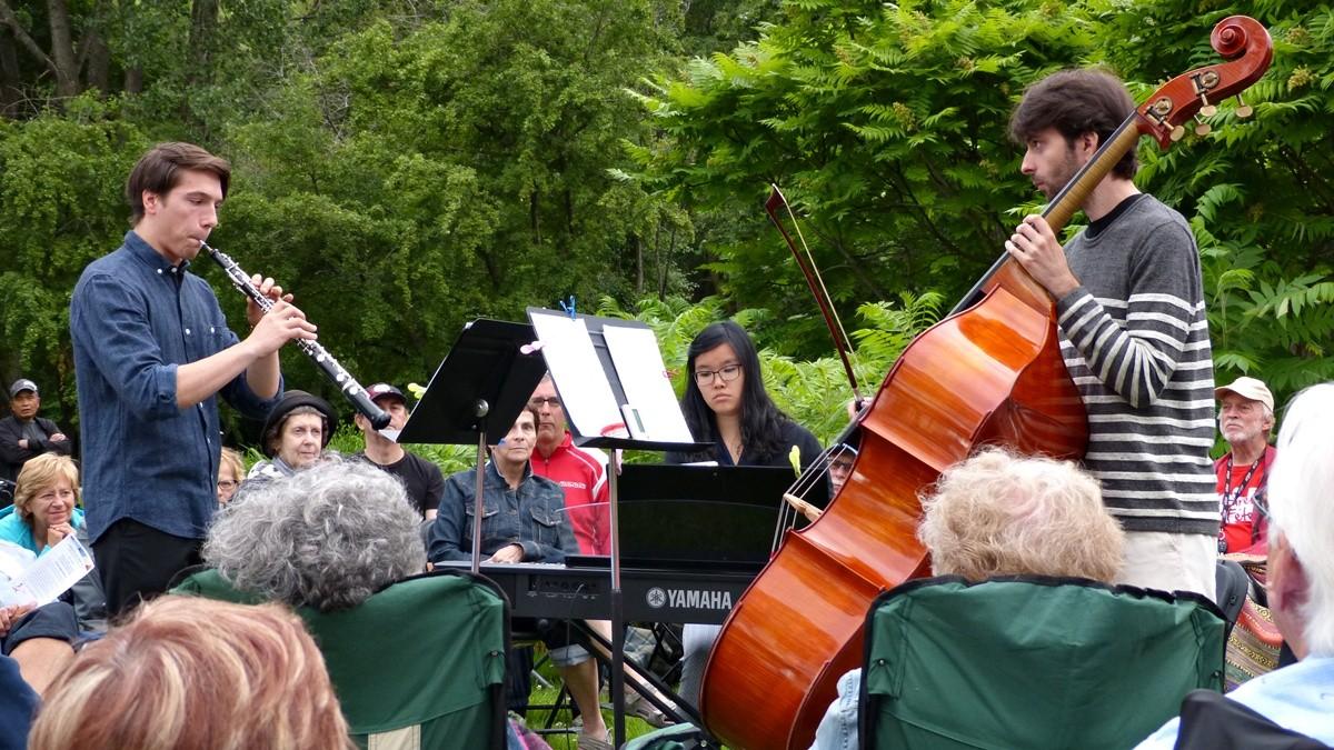 Concerts au crépuscule : quand la musique se conjugue avec la nature | 14 juillet 2017 | Article par Jean Cazes