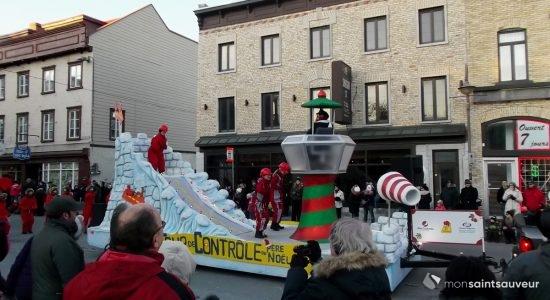 Belles foules en Basse-Ville pour la Parade des jouets 2017 - Suzie Genest
