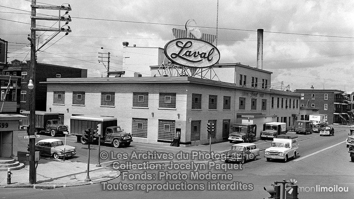 Laiterie Laval. 1960. Intersection chemin de la Canardière, 8e Rue et 4e Avenue.