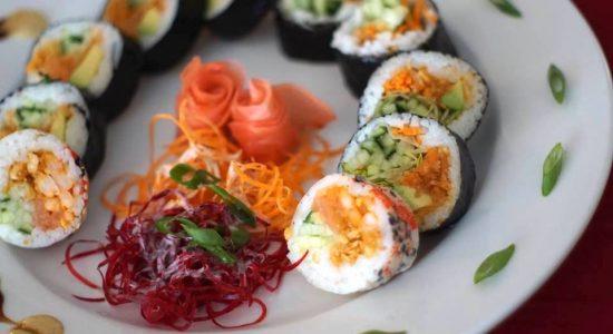 La carte propose une soixantaine de variétés de sushis.