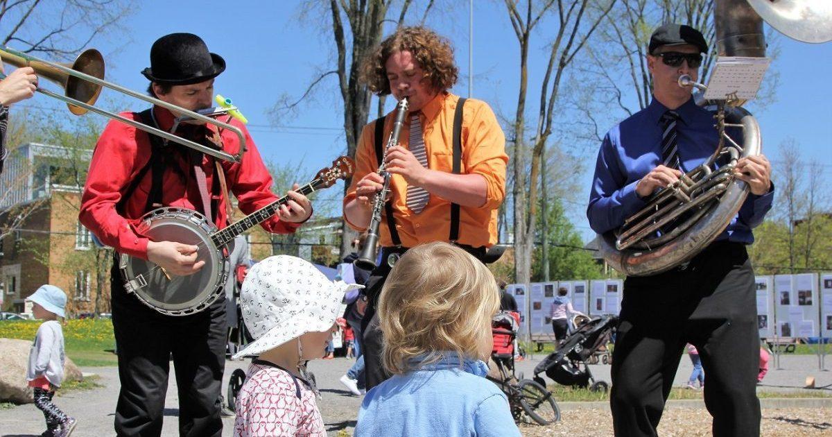 La Semaine des petits trésors : un feu roulant d'activités pour les 0 à 5 ans | 13 mai 2018 | Article par Raymond Poirier