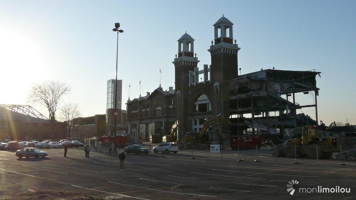 Démolition de l'hippodrome. 26 octobre 2012.