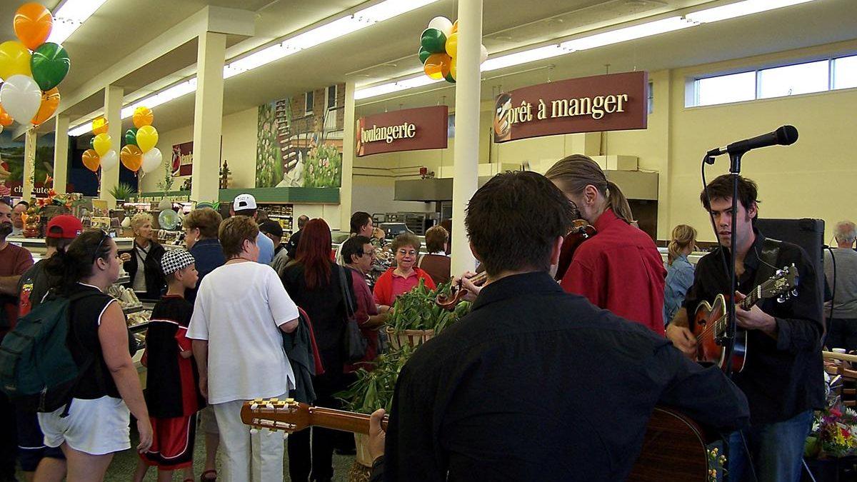 Ouverture de l'Intermarché. 21 août 2007.
