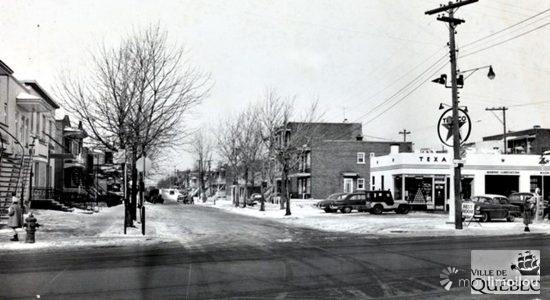 La station Texaco à l'intersection du chemin de la Canardière et de l'Avenue de la Ronde, en 1956