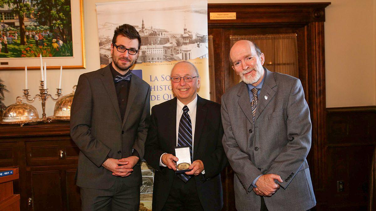 Réjean Lemoine reçoit la médaille de reconnaissance de la Société historique de Québec | 30 novembre 2019 | Article par Suzie Genest
