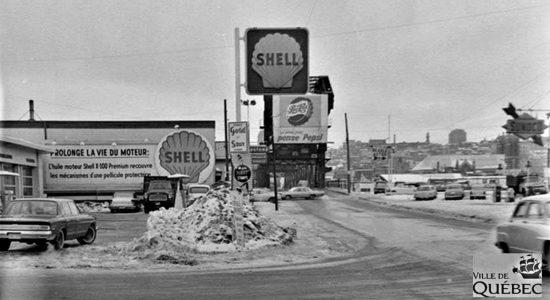 La station-service Shell sur la 3e Avenue