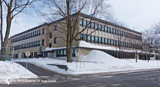 L'école Jean-de-Brébeuf relève le défi du «code des filles» - Julie Rheaume