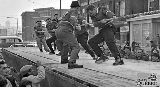 Limoilou dans les années 1960 (135) : compétition de souque à la corde - Jean Cazes