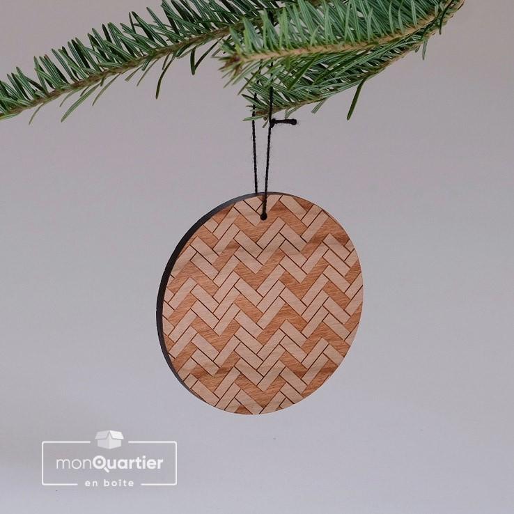 Boule de Noël en bois