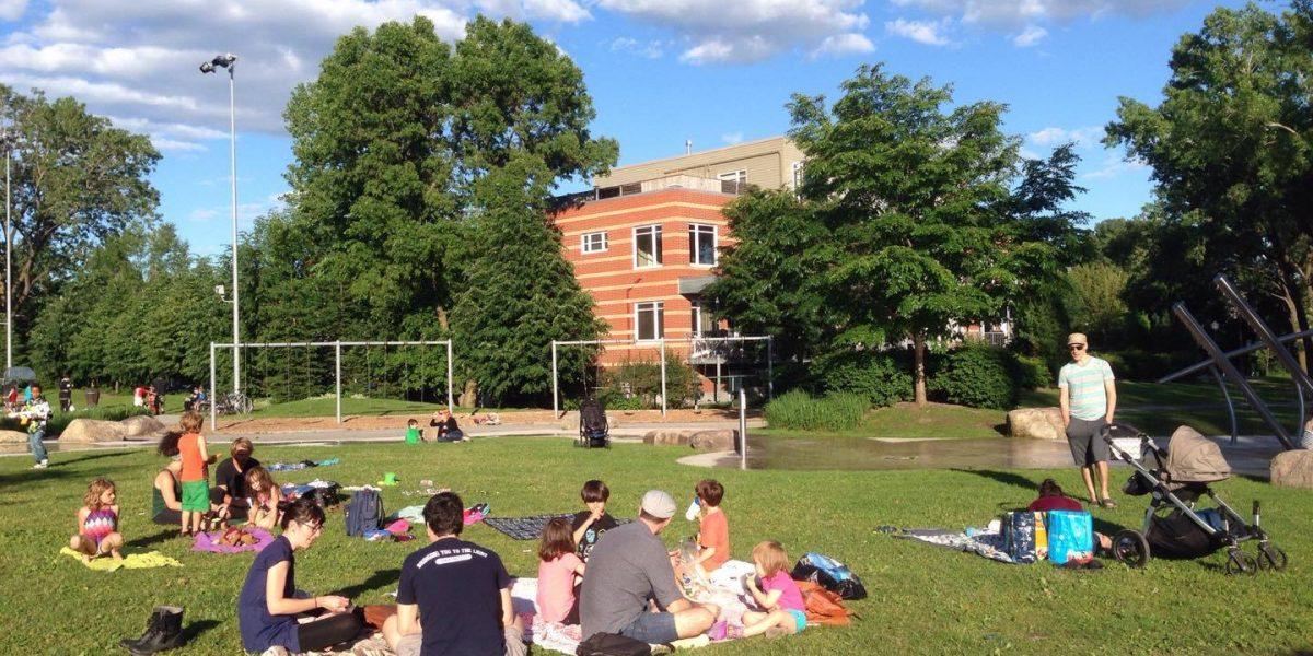 Chaque lundi de l'été, tout Limoilou est invité à venir pique-niquer | 5 juillet 2017 | Article par Raymond Poirier