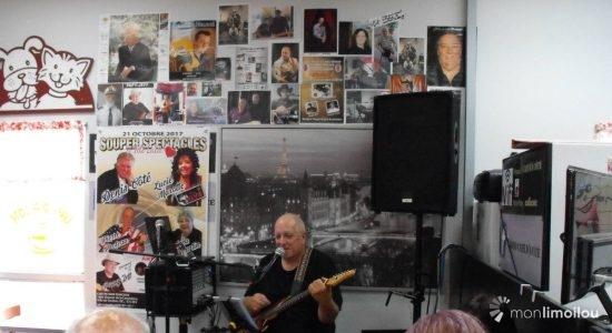 Le Café d'à côté : place à la musique ! - Laurence Déry
