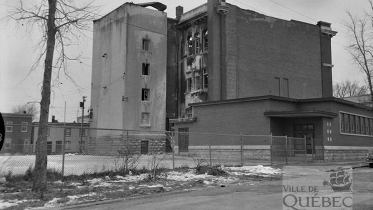 Limoilou dans les années 1960 (29) : incendie à l'école Saint-Zéphirin de Stadacona | 17 décembre 2017 | Article par Jean Cazes