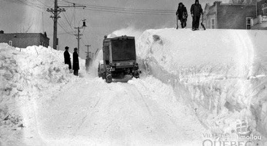 Souffleuse à neige dans le quartier Limoilou
