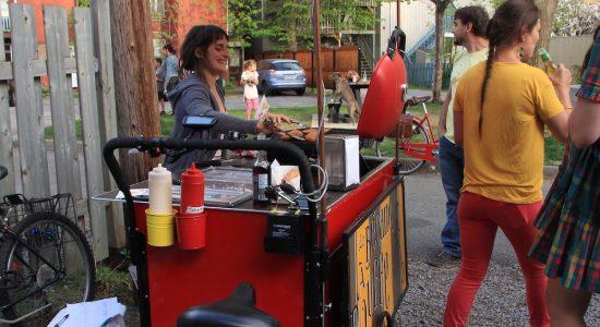 La Bécane à Café part en campagne - Viviane Asselin