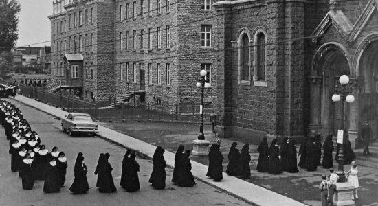 Le couvent des Sœurs servantes du Saint-Cœur de Marie - André Lévesque