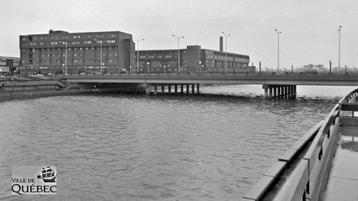 Limoilou dans les années 1970 (32) : le pont Drouin à l'époque du béton | 19 août 2018 | Article par Jean Cazes