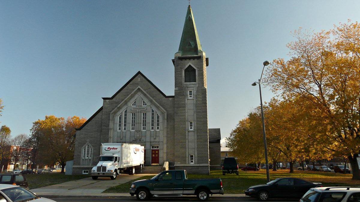 Dix ans de grands chantiers (3) : de l'église de Saint-Pie-X à des maisons de ville | 20 janvier 2019 | Article par Jean Cazes