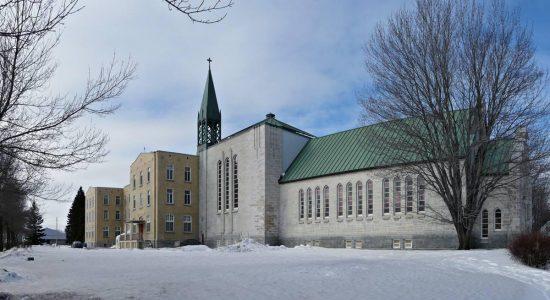 Dix ans de grands chantiers (6) : nouvelles vocations pour les propriétés religieuses du Mont-Thabor - Jean Cazes