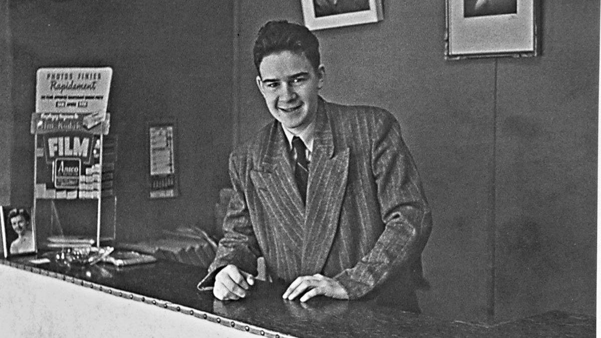 Jean-Claude Labrecque, au studio Lefaivre et Desroches, vers 1956.