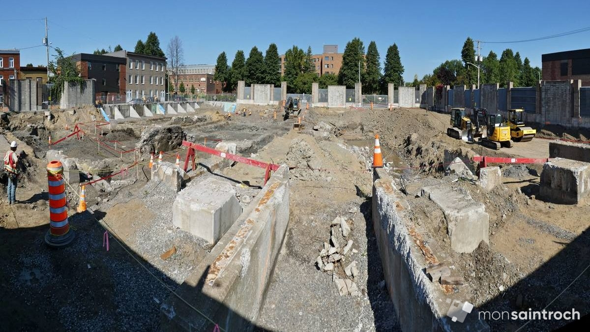 Fouilles archéologiques sur le site de l'ex-poste de la Reine. Octobre 2018.