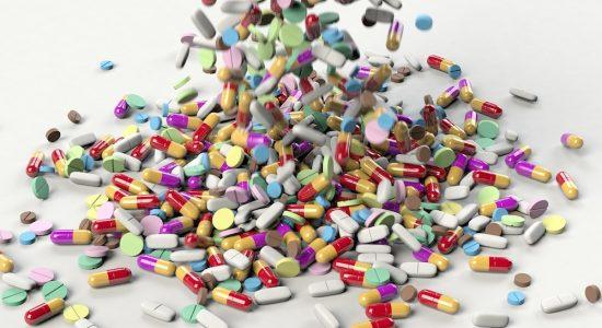 Prenez-vous trop de médicaments? - Catherine Breton