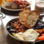 Brunch : Déjeuner irlandais complet - Trèfle (Le)