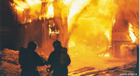 Limoilou dans les années 1990 (6) : l'incendie du lave-auto de la rue de l'Espinay - Jean Cazes