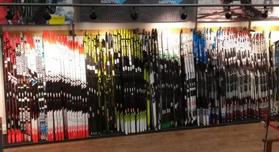 Skis : 20 % de rabais fin de saison   Demers bicyclettes et ski de fond