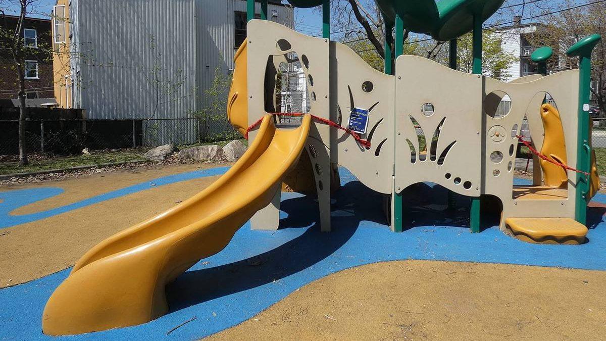 Toilettes du parc d'Iberville, piste cyclable de la 8e Avenue : progrès en vue | 20 mai 2021 | Article par Suzie Genest