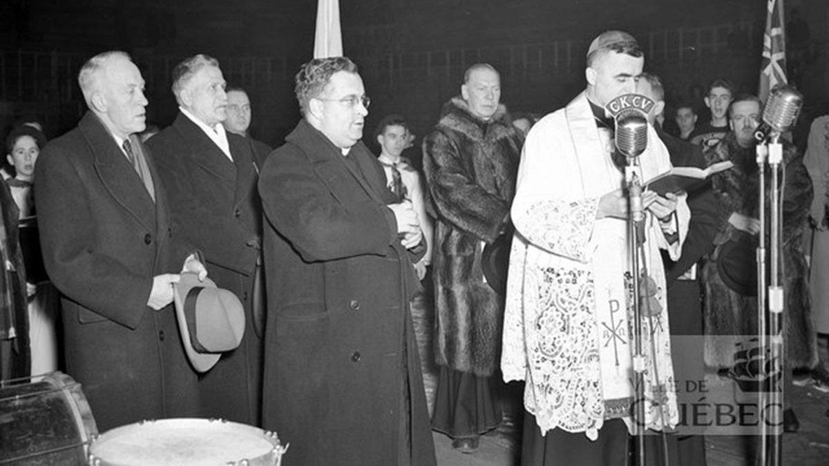 Une histoire du Colisée de Québec : 3- L'inauguration du nouveau Colisée en 1949 | 15 novembre 2020 | Article par Réjean Lemoine