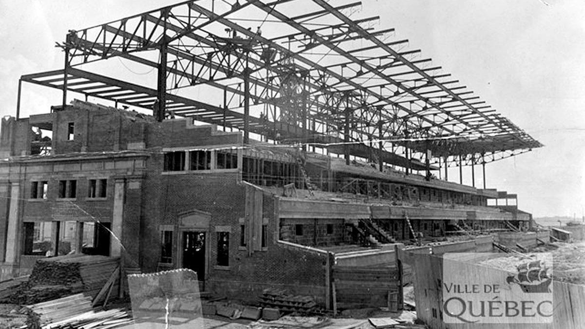 Le Palais central de l'Exposition provinciale : 1- Origines et inauguration | 17 janvier 2021 | Article par Réjean Lemoine