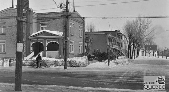 Limoilou dans les années 1940 (40) : intersection rue Saint-Amadour et 1re Avenue - Jean Cazes