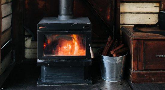 La Ville impose des changements aux proprios de fournaises et poêles au bois - Julie Rheaume