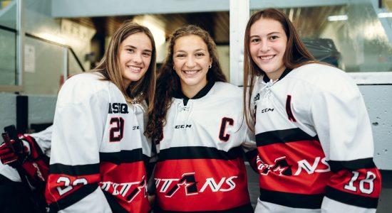Hockey collégial féminin: les Titans partent du bon pied - Christian Lemelin